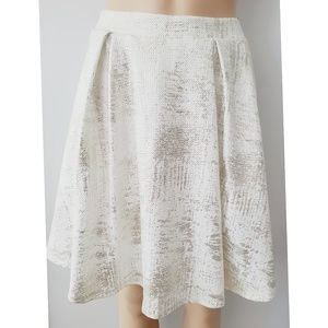 Charlotte Russe Circle White & Gold Skirt Small